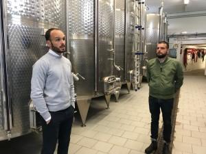 Gianmarco Diddi mentre ci spiega la vinificazione